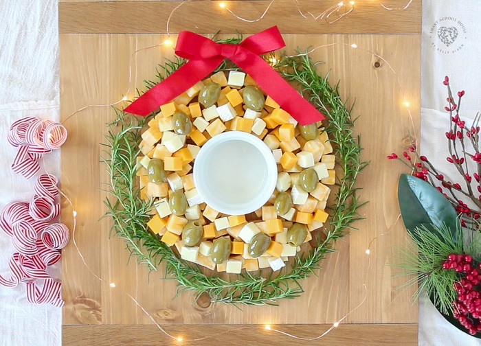 cheese-wreath